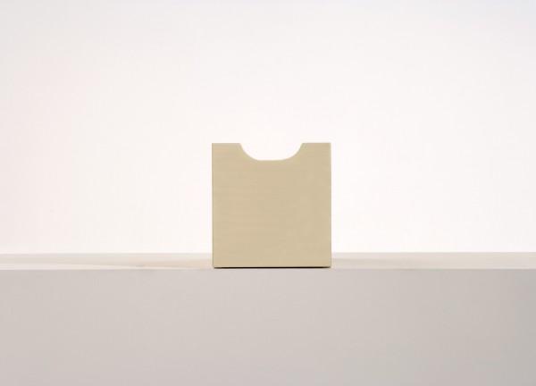 Schublade zu Würfel klein und groß, grau